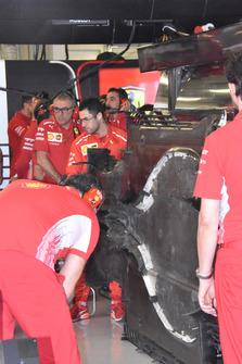 Ferrari SF71H piso bajo cubierta