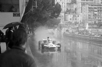 Denny Hulme, McLaren M19C Ford