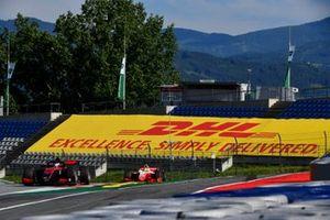 Callum Ilott, UNI-Virtuosi and Mick Schumacher, Prema Racing