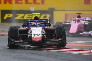 Pedro Piquet, Charouz Racing System, leads Artem Markelov, HWA Racelab