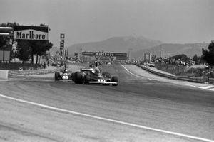 Niki Lauda, Ferrari 312T, Jody Scheckter, Tyrrell 007