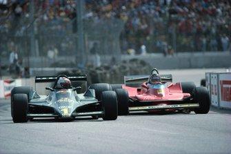 Mario Andretti, Lotus 79 Ford, leads Gilles Villeneuve, Ferrari 312T4