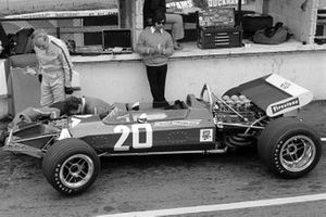 The new Surtees TS7 made it's debut, with John Surtees