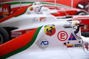 La Prema Powerteam, Tatuus F.4 T014 Abarth, di Sebastián Montoya,