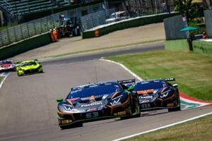#63 Orange 1 FFF Racing Team Lamborghini Huracan GT3 Evo: Andrea Caldarelli, Marco Mapelli, Dennis Lind