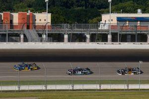 Todd Gilliland, Front Row Motorsports, Ford F-150 Speedco, Parker Kligerman, Brett Moffitt, GMS Racing, Chevrolet Silverado