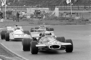 Tim Schenken, Brabham BT33, Chris Amon, Matra MS120B, Skip Barber, Mason, March 711