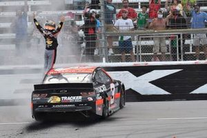 Победитель гонки Остин Диллон, Richard Childress Racing, Chevrolet Camaro