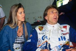 Derek Bell, Kremer Porsche Spyder, with his wife Misty
