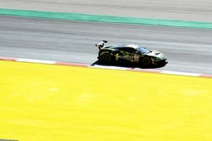 #60 Iron Lynx Ferrari F488 GTE EVO: Claudio Schiavoni, Rino Mastronardi, Nicklas Nielsen