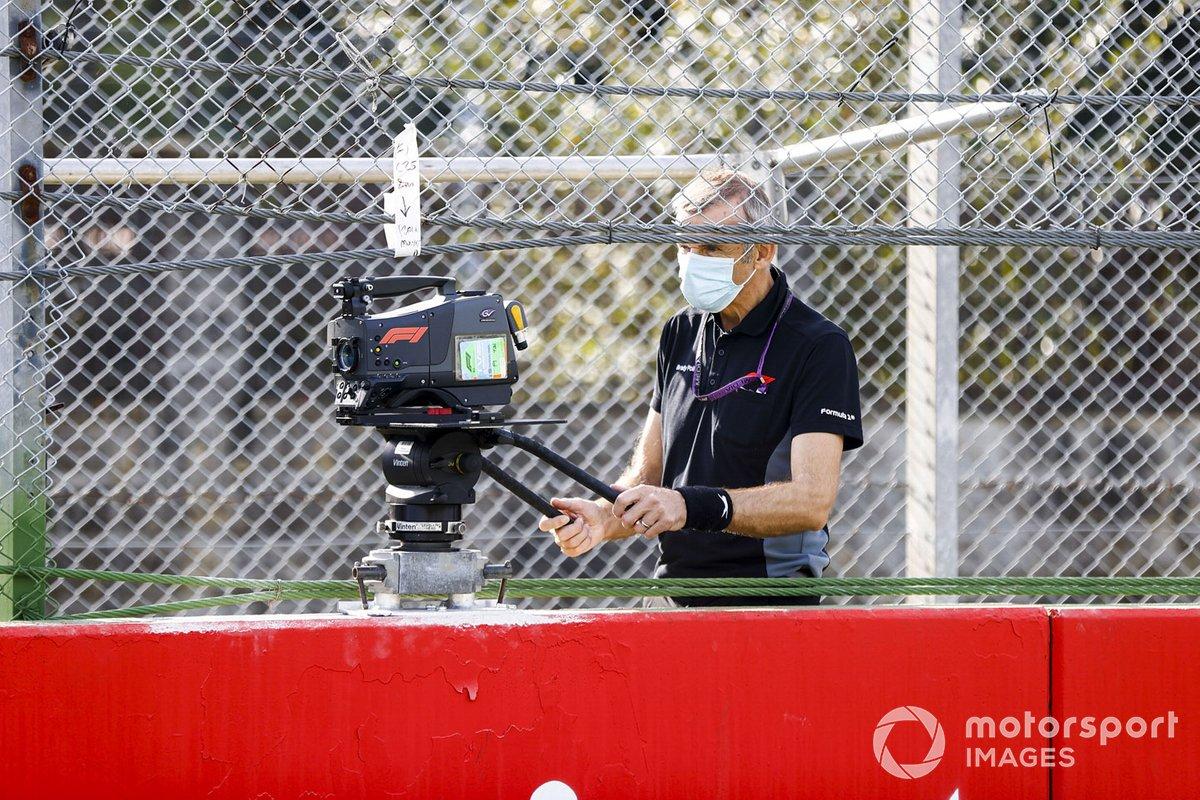 Un cámara de TV en Imola