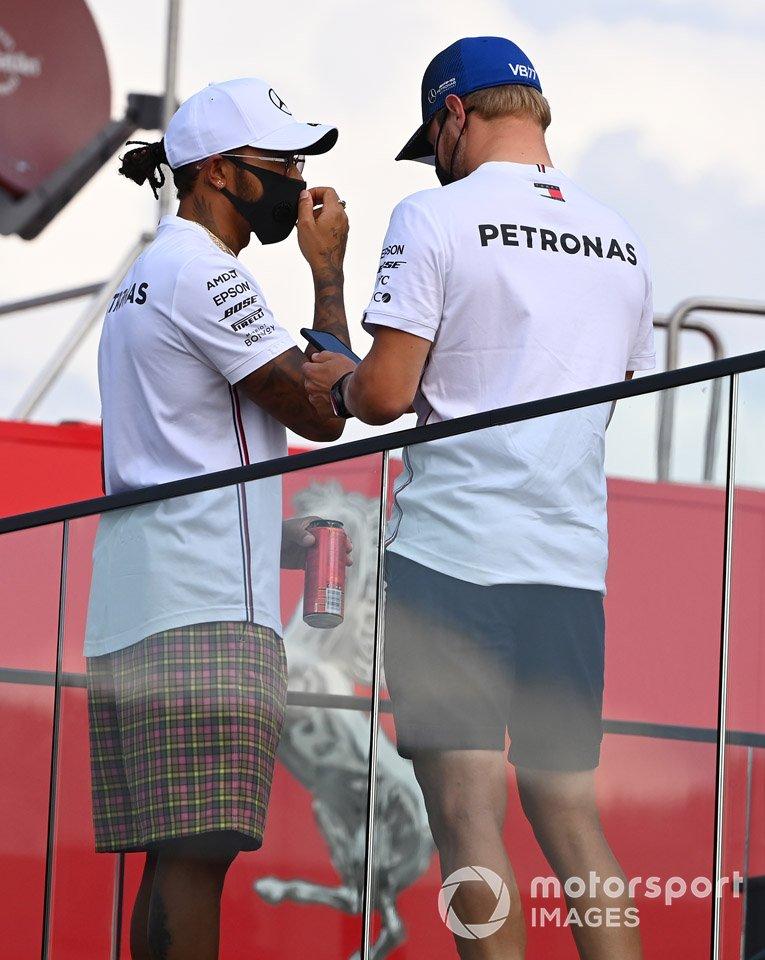 Lewis Hamilton, Mercedes-AMG F1 e Valtteri Bottas, Mercedes-AMG F1