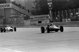 Jack Brabham, Brabham BT24, John Surtees, Honda RA300