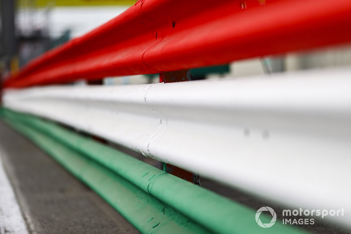 Гардрейли в цветах итальянского флага