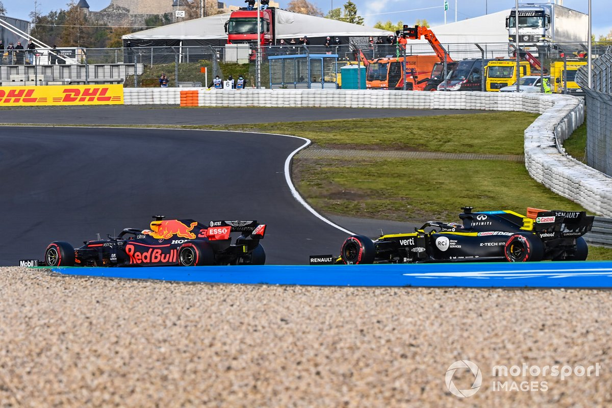Max Verstappen, Red Bull Racing RB16, Daniel Ricciardo, Renault F1 Team R.S.20