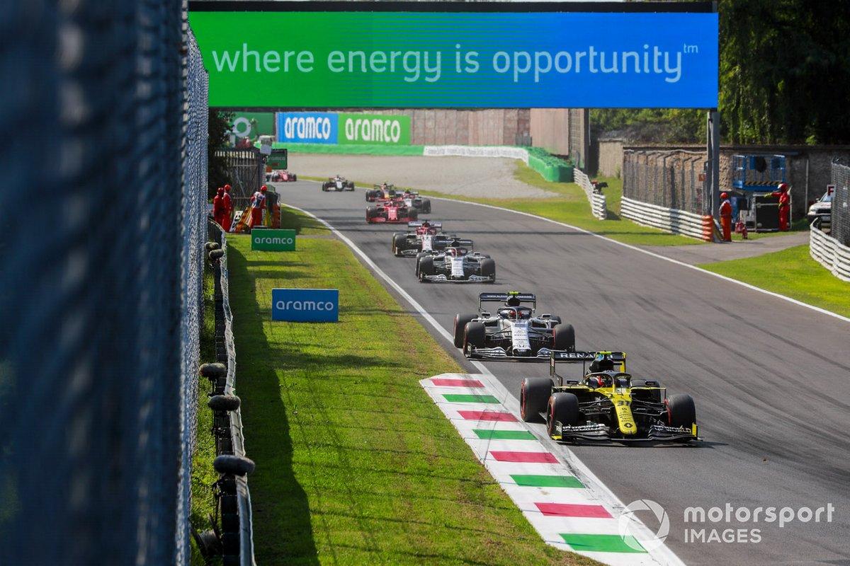 Esteban Ocon, Renault F1 Team R.S.20, Pierre Gasly, AlphaTauri AT01, Daniil Kvyat, AlphaTauri AT01, Kimi Raikkonen, Alfa Romeo Racing C39