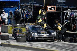 #5 Mustang Sampling Racing / JDC-Miller MotorSports Cadillac DPi, DPi: Sebastien Bourdais, Tristan Vautier