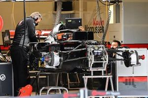 Haas VF-20 in de garage
