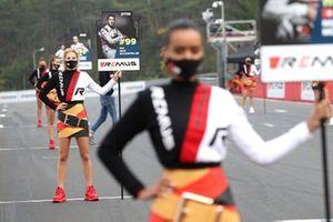 Grid girl of Mike Rockenfeller, Audi Sport Team Phoenix
