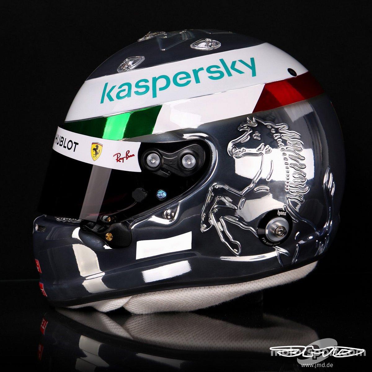 Casco di Sebastian Vettel, per il GP d'Italia