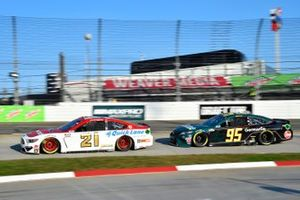Matt DiBenedetto, Wood Brothers Racing, Ford Mustang Motorcraft/Quick Lane, Christopher Bell, Leavine Family Racing, Toyota Camry Germania Insurance