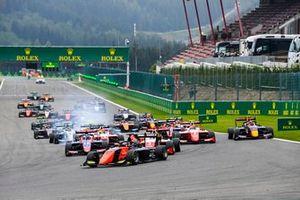 Richard Verschoor, MP Motorsport, Logan Sargeant, Prema Racing, Frederik Vesti, Prema Racing y Liam Lawson, Hitech Grand Prix
