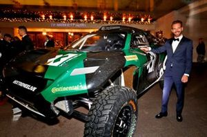 Jean-Eric Vergne with an Extreme.E Rally car
