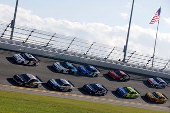 Aric Almirola, Stewart-Haas Racing, Ford Mustang Smithfield Brad Keselowski, Team Penske, Ford Mustang Discount Tire