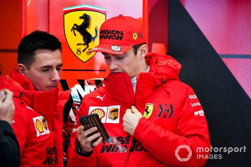 Charles Leclerc, Ferrari in garage