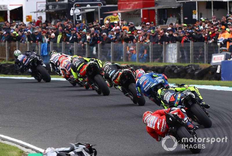 Maverick Vinales, Yamaha Factory Racing leads