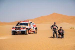 Исидре Эстев Пуйоль и Чема Вильялобос, Repsol Rally Team / Sodicars Racing, BMW BV6