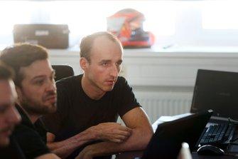 Robert Kubica dans le simulateur BMW