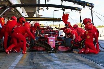 Charles Leclerc, Ferrari SF1000, makes a pit stop