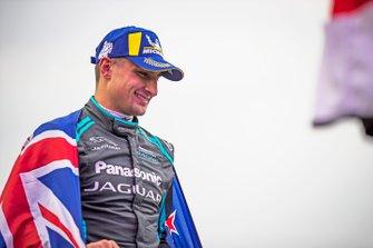 Race winner Mitch Evans, Jaguar Racing on the podium