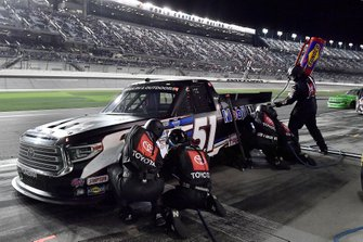 Riley Herbst, Kyle Busch Motorsports, Toyota Tundra Mobil 1