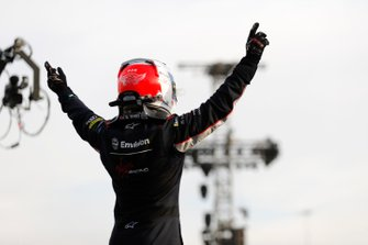 Sam Bird, Virgin Racing, Audi e-tron FE06, viert de zege