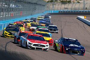 Alex Bowman, Hendrick Motorsports, Chevrolet Camaro Axalta, Matt DiBenedetto, Wood Brothers Racing, Ford Mustang Motorcraft/Quick Lane