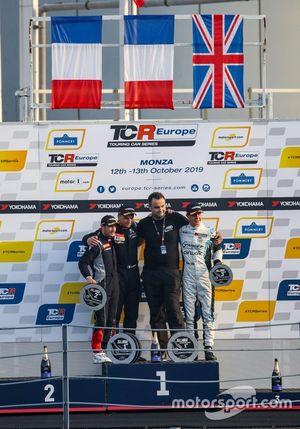Podio Gara 1 al TCR Europe: Monza