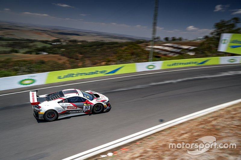 #30 Honda Racing Team JAS Honda NSX GT3: Dane Cameron, Renger Van Der Zande, Mario Farnbacher