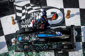 #1. 10 Wayne Taylor Racing Cadillac DPi: Renger Van Der Zande, Ryan Briscoe, Scott Dixon