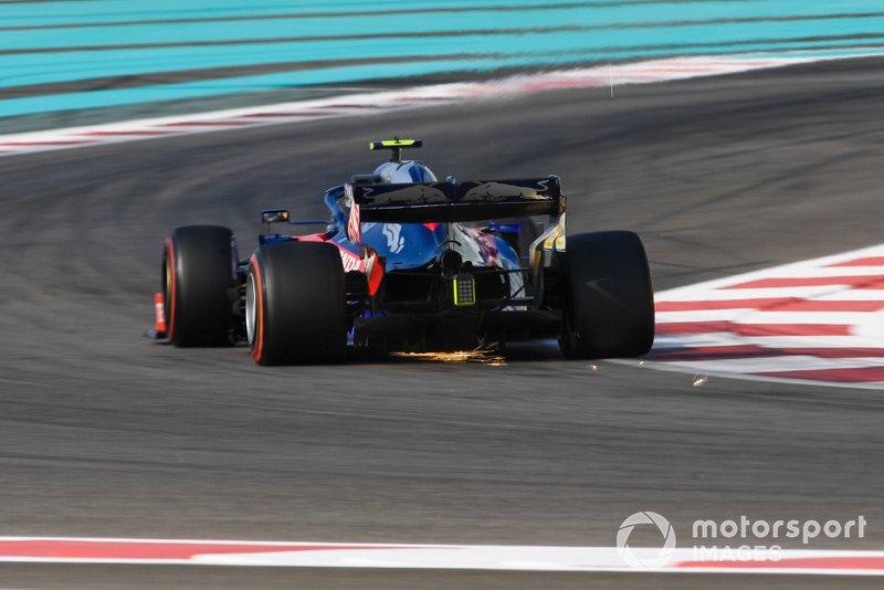 11 место: Пьер Гасли, Scuderia Toro Rosso - 1:37.089