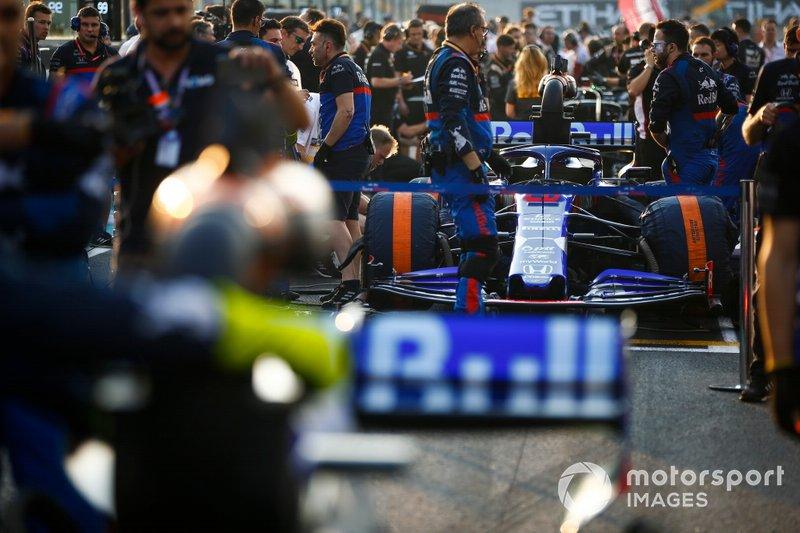 Daniil Kvyat, Toro Rosso, sulla griglia