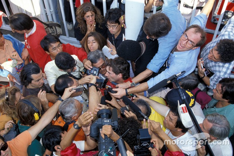 Ayrton Senna, McLaren talks to the media