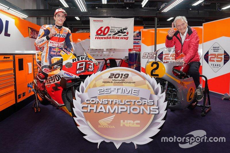 Победа Маркеса позволила Honda гарантировать себе титул в зачете производителей. Это 25-я победа бренда в премьер-классе и 12-я со времени основания MotoGP