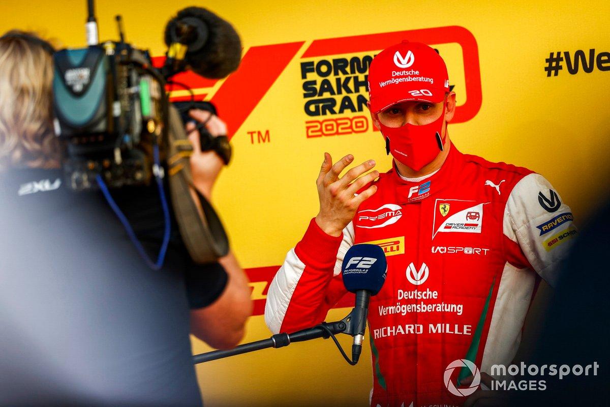 Mick Schumacher, Prema Racing habla con la prensa después de ganar el campeonato