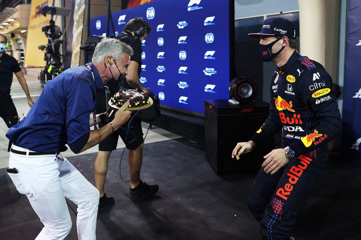 Ganador de la pole Max Verstappen, Red Bull Racing le da un pastelazo a David Coulthard