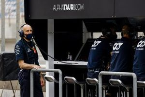 Franz Tost, Team Principal, AlphaTauri, on the pit wall