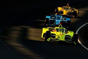 Simon Pagenaud, Team Penske Chevrolet, Max Chilton, Carlin Chevrolet, Scott McLaughlin, Team Penske Chevrolet
