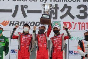 永井宏明、中山雄一、上村優太(#16 PC Okazaki 911 GT3R)