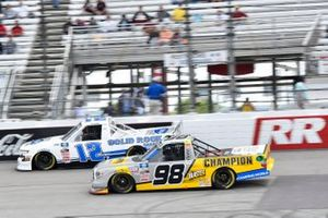 Grant Enfinger, ThorSport Racing, Toyota Tundra Champion/Camping World/Curb Records, Tate Fogleman, Young's Motorsports, Chevrolet Silverado Solid Rock Carriers